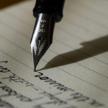 Grafología: conoce tu futuro desde la escritura